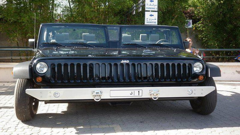 Ever Wondered What The Automotive Version Of Siamese Twins Would Look Like Wonder No More Here S A Pair Jeep Wranglers Welded Together And It Real
