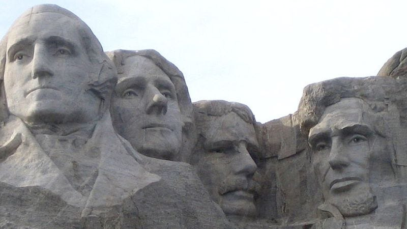 Illustration for article titled 6 Heads You Never Realized Are Also On Mount Rushmore
