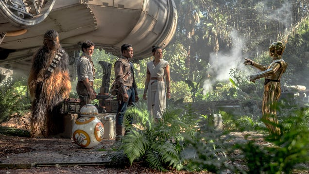 io9 s Rise of Skywalker Roundtable: Trying Not to Murder Each Other Over Star Wars