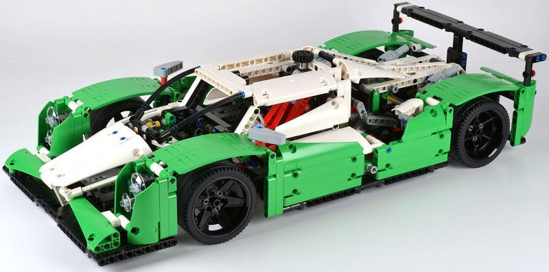 Illustration for article titled More swooning over the Lego 24 Hour Race Car
