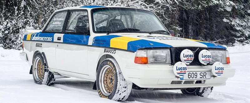 Illustration for article titled Should I get a volvo 240 to build as a(n eventual) rally car?