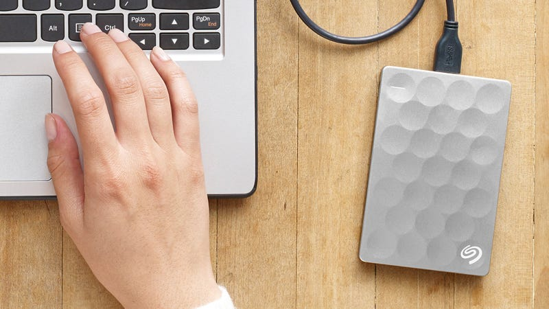 Illustration for article titled Seagate Made One of the Best Portable Drives Even Thinner