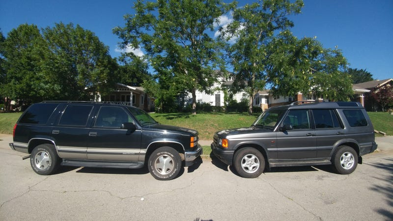 Illustration for article titled Head to Head: GMC Yukon vs. Land Rover Discovery II