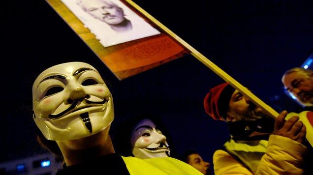 DOJ s New WikiLeaks Indictment Has Significant, Convenient Plot Holes