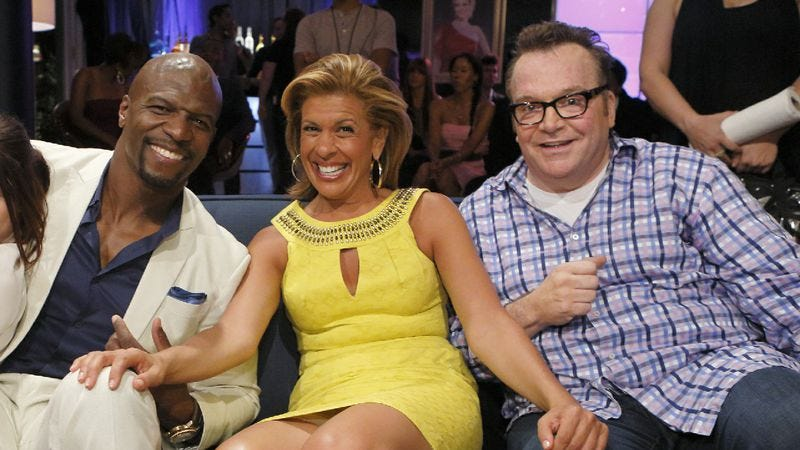 Illustration for article titled New BFFs Tom Arnold, Terry Crews, and Hoda Kotb gather for a Hollywood Game Night finale
