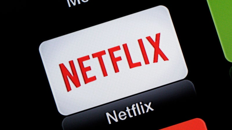 Netflix pushes FCC on data caps
