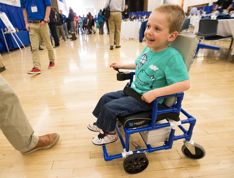 Illustration for article titled Students Built the World's Smallest Electric Wheelchairs