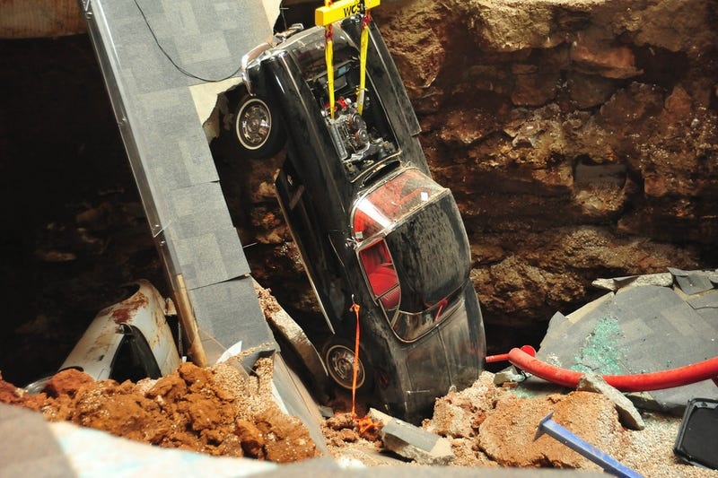 Illustration for article titled The Corvette Museum Will Fill Up The Entire Sinkhole After All