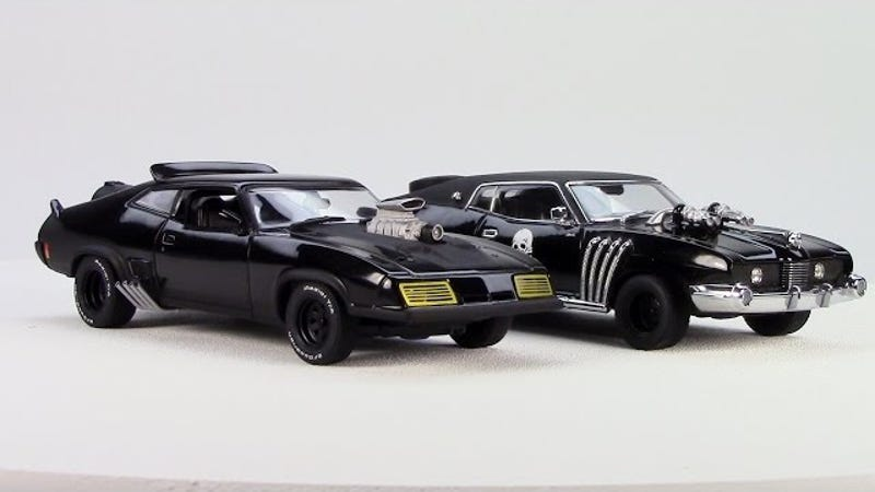 video review autoart mad max interceptor enemy car set 1 43. Black Bedroom Furniture Sets. Home Design Ideas