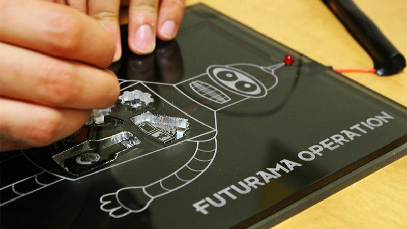 Illustration for article titled Futurama's Bender Should Be Included In Every Classic Board Game, Not Just Operation