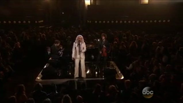 Watch Kesha's Standing Ovation at the Billboard Awards