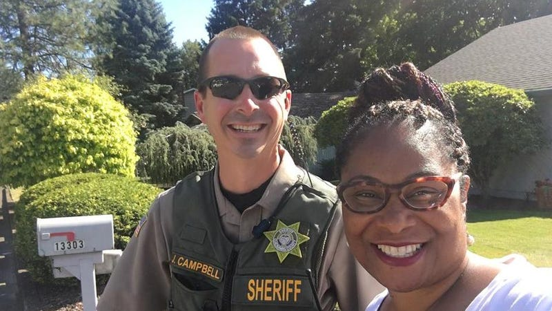 Rep. Janelle Bynum and Officer Campbell