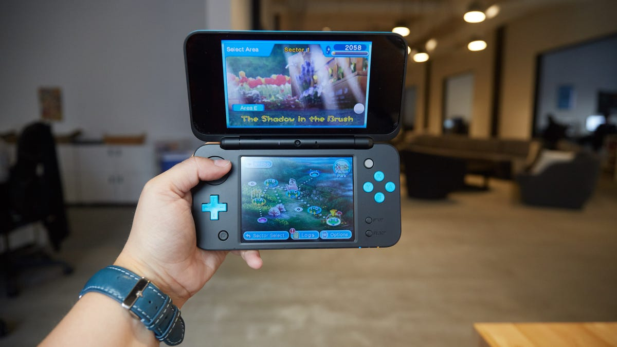 If You Actually Want to Play Games, Get the New Nintendo 2DS XL