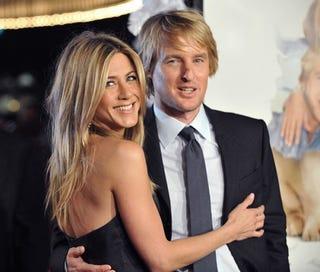 Illustration for article titled Jen & Owen Share A Smile, Hair Color