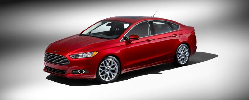 Illustration for article titled 2013 Ford Fusion: First Photos