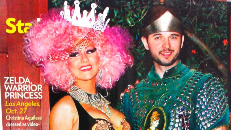 Illustration for article titled People Magazine Thinks This Is Christina Aguilera Dressed Up As Zelda
