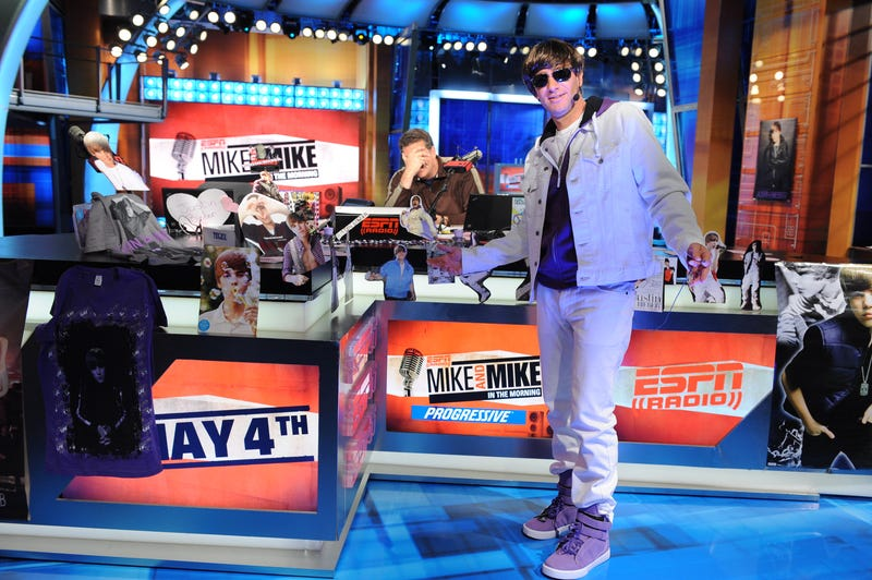 Illustration for article titled Here's Mike Greenberg Dressed As Justin Bieber