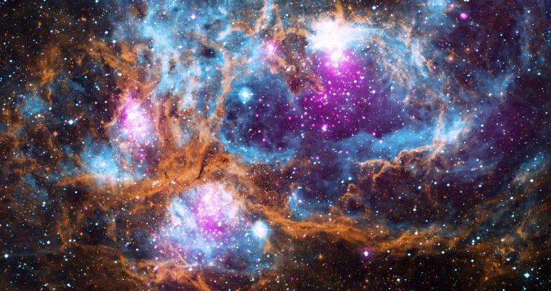 NGC 6357, un cúmulo de cúmulos de jóvenes estrellas. Imagen: X-ray: NASA/CXC/PSU/L.Townsley et al; Optical: UKIRT; Infrared: NASA/JPL-Caltech