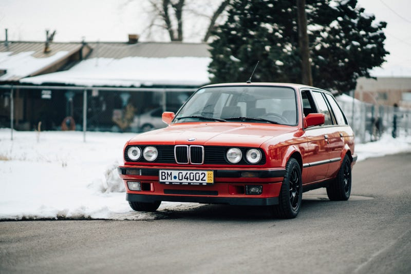 Illustration for article titled E30 Touring Suspension + Wheels Upgrade... How Would You Do It?