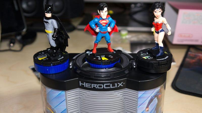 Illustration for article titled HeroClix TabApp Elite Turns DC Superheroes Into Skylanders