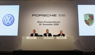 Illustration for article titled VW Halts Merger Talks With Porsche Over CEO Squabble