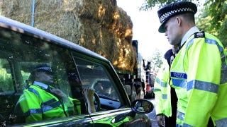 Illustration for article titled UK Police To Seize Driver's Phones After A Crash