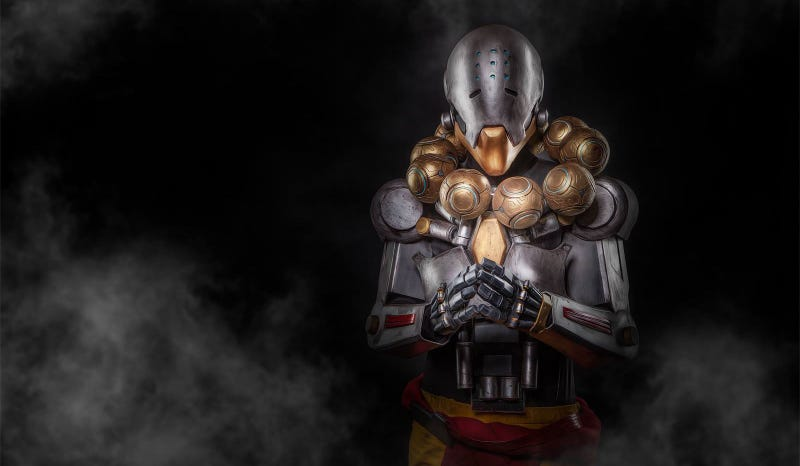 Illustration for article titled Embrace Tranquility. And Also This Overwatch Cosplay.