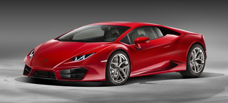 Illustration for article titled 2017 LamborghiniLP580-2: More RWD, More Aero, More Sideways Action