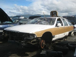Illustration for article titled 1993 Buick Roadmaster Wagon Down On The Junkyard