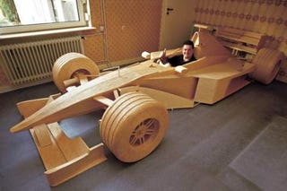 Illustration for article titled Man Builds Full Scale Mercedes F1 From 956,000 Matchsticks