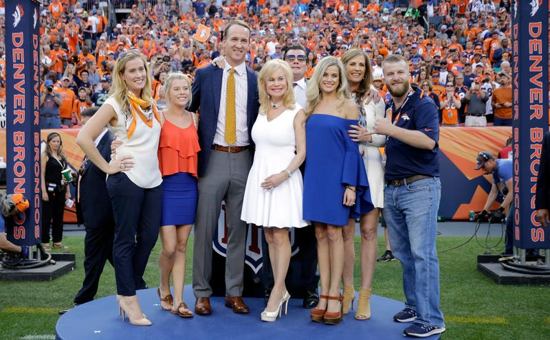 Illustration for article titled The Intrafamily Squabble For Ownership Of The Broncos Is Only Getting Uglier