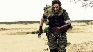Illustration for article titled The King Of Metal Gear Cosplay Returns