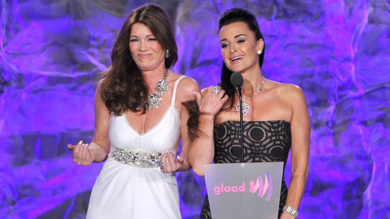 Illustration for article titled Kyle Richards Is 'Honestly Very Sad' Her Friendship With Lisa Vanderpump Is Toast