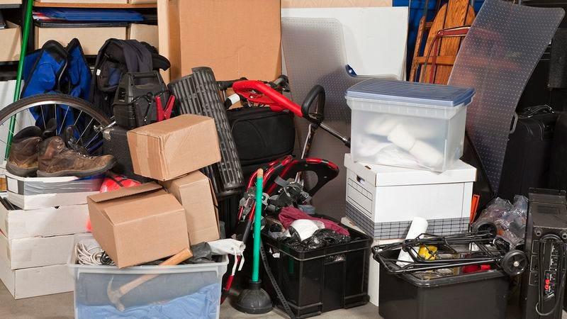 Illustration for article titled 8 Hacks For Eliminating Clutter