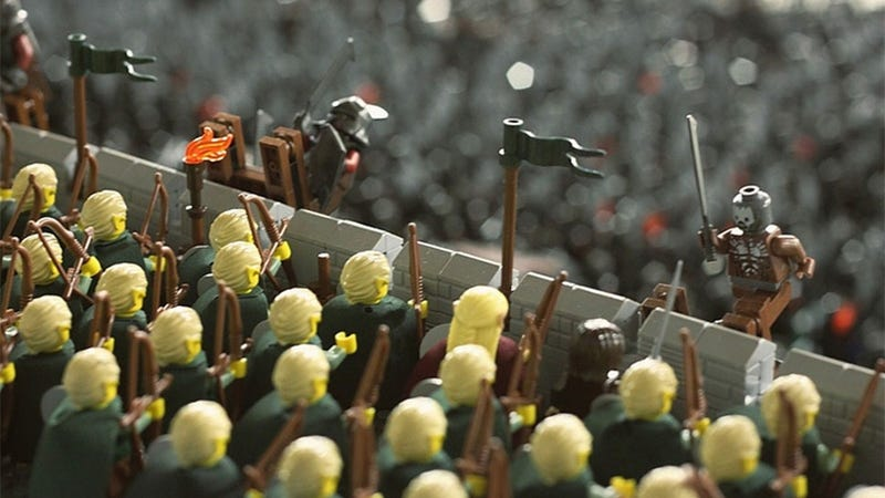 "Illustration for article titled LEGO Helm's Deep Redefines The Term ""Epic Battle"""