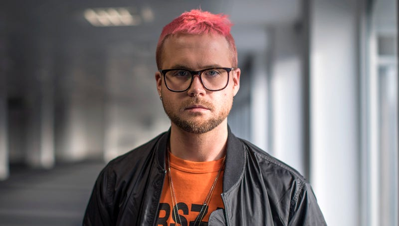 Illustration for article titled Cambridge Analytica Whistleblower Admits Last Few Weeks At Work Have Been Awkward