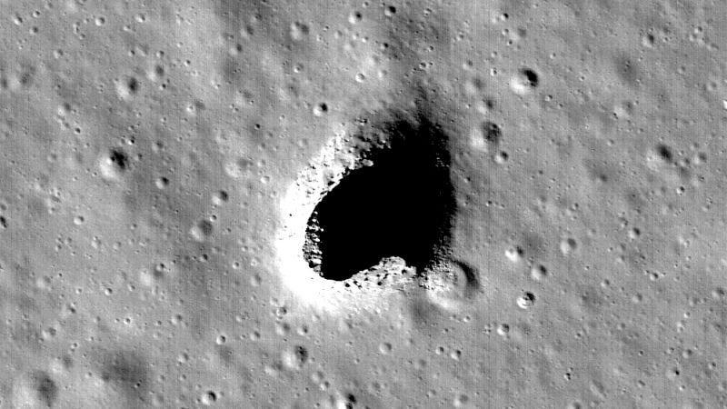 Imagen de la entrada a la caverna recién descubierta. Foto: NASA/Goddard/Arizona State University