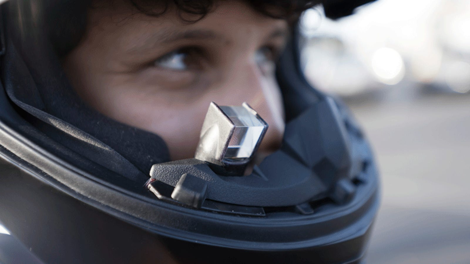 Motorcycle Helmet With Hud >> Hands On With The World S First Hud Motorcycle Helmet