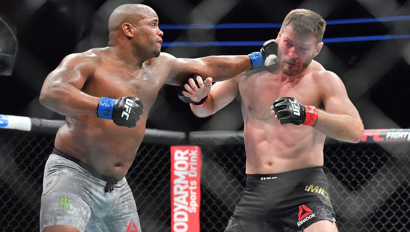 Illustration for article titled Daniel Cormier Predicted Exactly How He Was Going To Knock Out Stipe Miocic