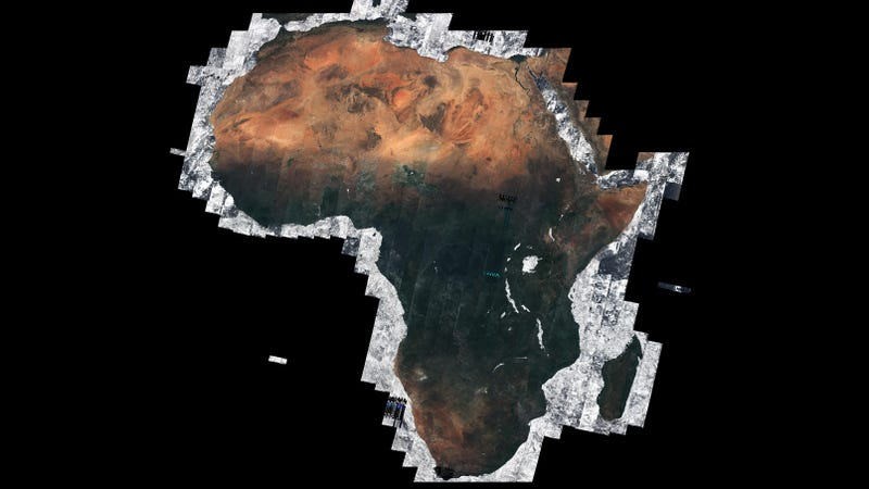 Illustration for article titled Stunning 7,000-Image Satellite Mosaic of Africa Doesn't Have a Single Cloud