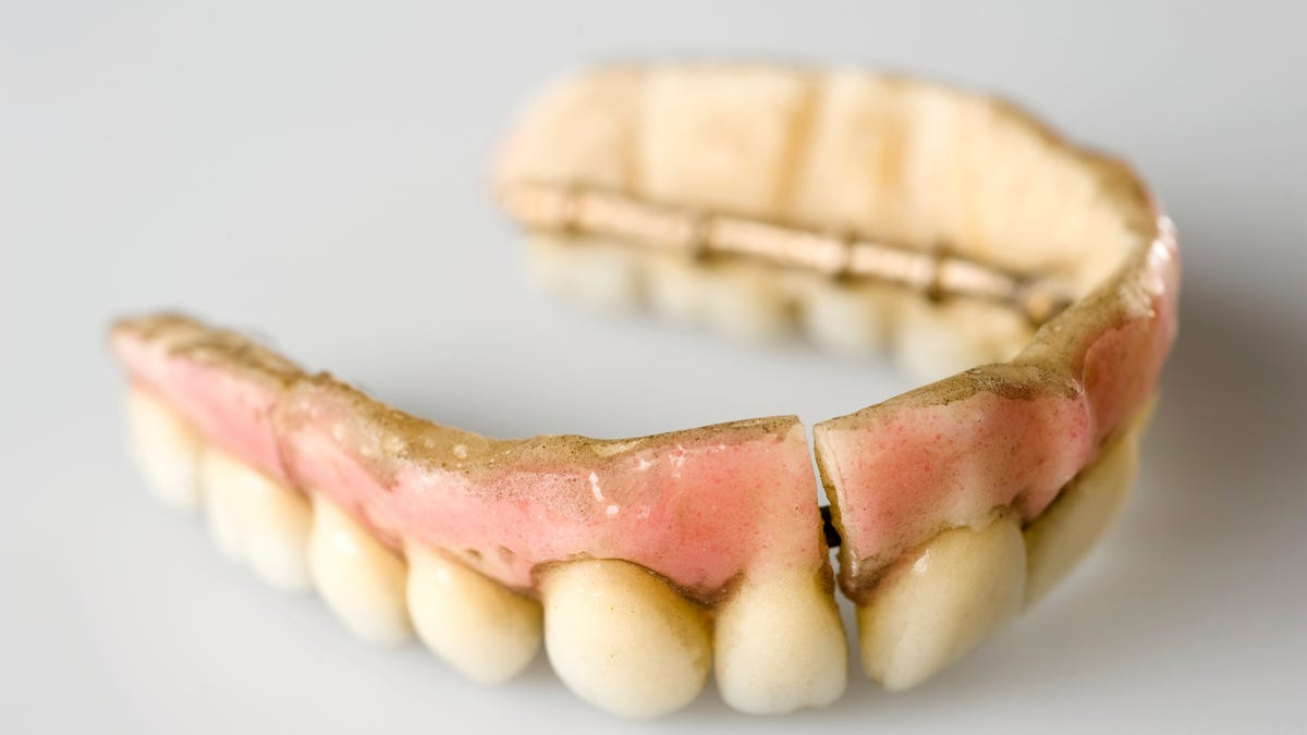 Animal Teeth Wood And Porcelain How The First Dentures Were Made