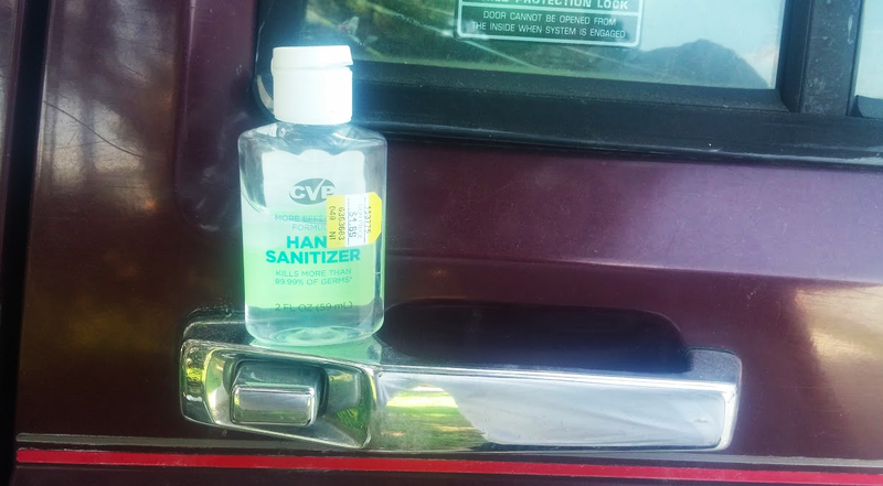 Illustration for article titled You Can Use Hand Sanitizer To Remove Tree Sap From Your Car