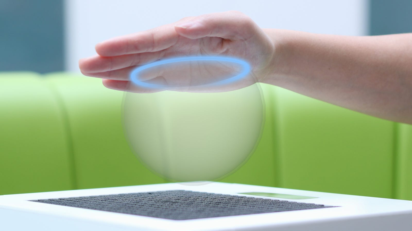 Ultrasound Can Let You Touch and Feel 3D Shapes in Thin Air