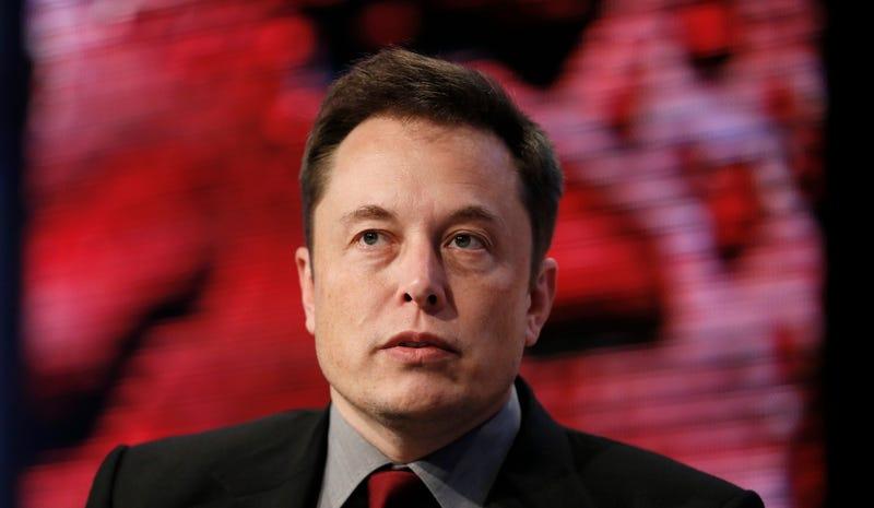 Publican imágenes del primer Tesla Model 3 fabricado