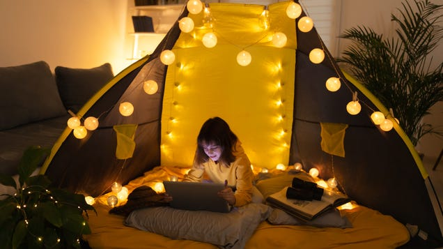 Let Your Kids Have 'Video Sleepovers' With Their Friends