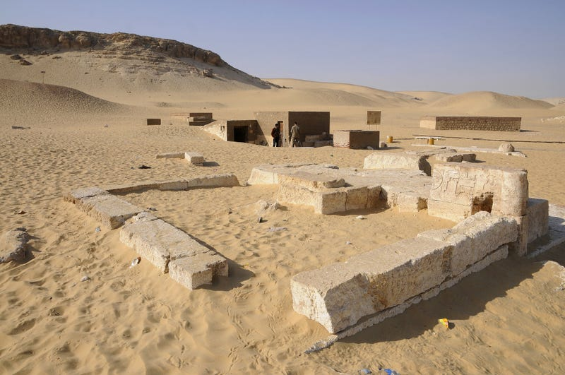 Vista de la necrópolis dew xxxx donde han aparecido las momias. Foto: Gerhard Huber / Global Geography.org