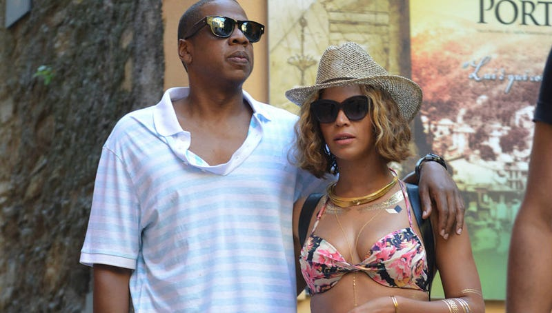 Illustration for article titled Beyoncé and Jay-Z Crashed a Wedding While on Vacation in Italy