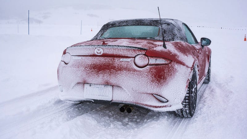 Illustration for article titled All-Wheel Drive Miata: Could Mazda Make a Case For It?