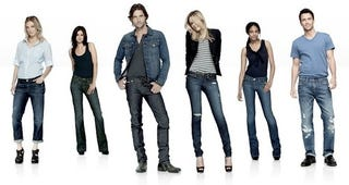 Illustration for article titled UPDATED: Gap To Give Away 10,000 Pairs Of Jeans On Facebook