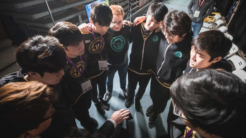 Immortals' League of Legends team huddles up during the 2017 World Championship. (Photo via LoL Esports Photos/Flickr)